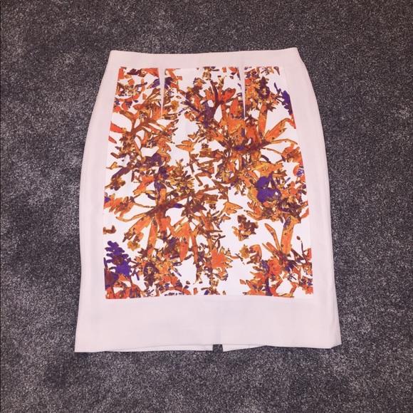 Club Monaco Dresses & Skirts - CLUB MONACO Print Pencil Skirt